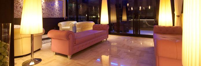 Bg arredo hotel rimini sinventa arredamento gelaterie for Arredo negozi rimini